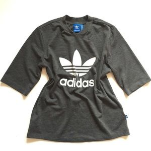 adidas • Spell Out Big Logo 3/4 Sleeve Top